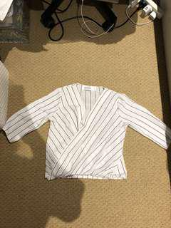 White striped wrapped over top