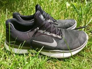 Nike Training Runners Sz 13