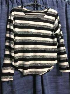 B&W Stripes Pull Over