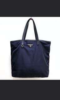 *Free postage😁 100% Authentic Prada Nylon Navy Classic Tote Bag BR4371