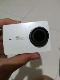 (help me friend to sell)Xiaoyi 4k action camera 2(english version)