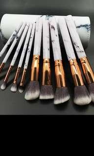 10pcs Professional Marble Makeup Brushes Soft Makeup Brush Set Foundation Powder Brush Beauty Marble Make Up Tools with Cylinder