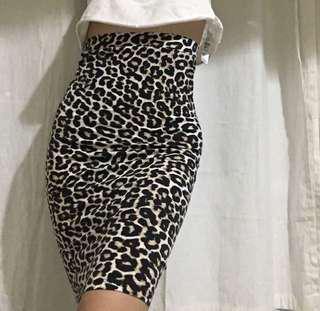 Leopard Print F21 skirt