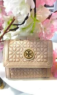 Tory burch oak pink short wallet