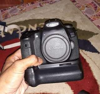 Canon 60D(body)+battery grip
