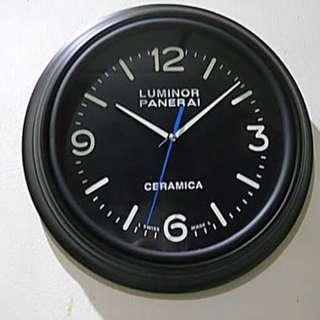 Panerai Quartz Clock Sweep Seconds Ceramica Dial