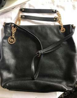 RUSH SALE: Authentic Michael Kors Black Pebbled Leather Almost New