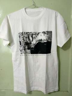 Kaos Putih Official Merchandise