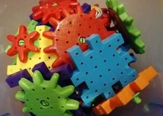 Mega cubes movable learning toys (scroll for more pictures)