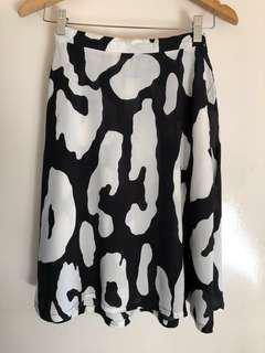 Black and white print skirt - Gorman vibes