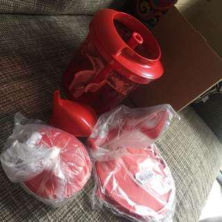 BRAND NEW Tupperware Extra Chef