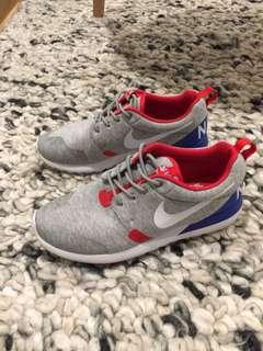Nike Roshe run City Pack 🇬🇧