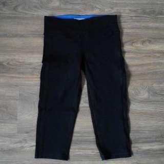 Forever 21 Activewear Black Capri Athletic Leggings