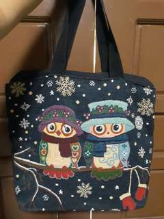 Bag with design of owl