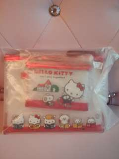 Hello Kitty PVC pouch set