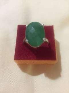 Batu Cincin emerald