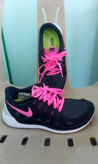 Original Nike free 5.0 running shoes