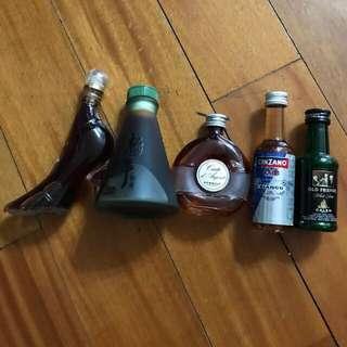 十支酒版,已經收藏有10幾年^_^有意聯繫。