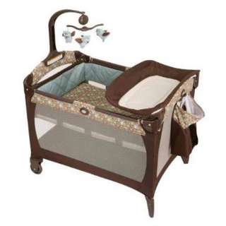 Graco Pack 'n Play Playard Little Hoot with mattress