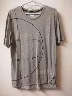 Puma lifestyle Tshirt (M) (pre owned)