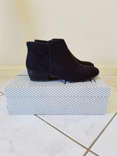 Verali Boots