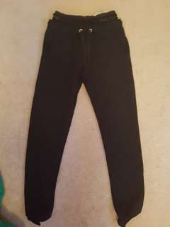 Black fitted sweatpants