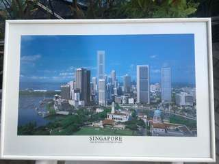 Rare! Large print Singapore skyline. Buy now before it is taken off Carousell!