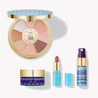 FOR PREORDER, INSTOCK SOLD: Tarte Hydrate and Glow Beauty Getaway Set