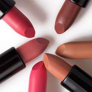 🦋Makeup Red Lips Matte Velvet Lipstick🦋