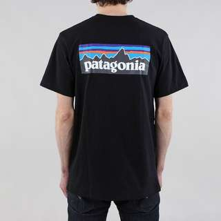 🚚 Patagonia 黑色短袖