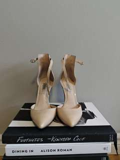 Nude Guess Heels with Strap Size 6