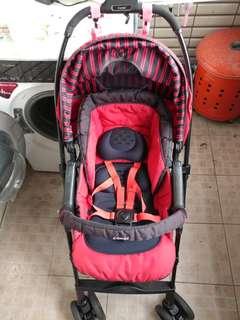 Combi auto 4 cas 嬰兒車 推車
