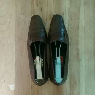 Repriced! Cole Haan brown leather shoes