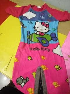 Baju renang hello kitty