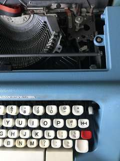 Olivetti studio 46 teal typewriter
