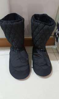 Preloved boots from Sonata