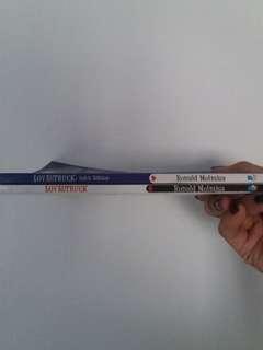 Lovestruck 2 editions