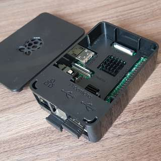 Raspberry Pi 3 Model B Game Kit