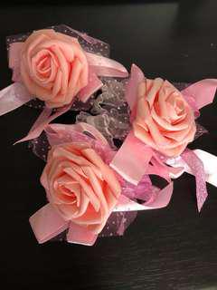 Bridesmaids flower wristband