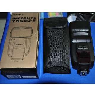 永諾 YN-560 II 第二代 閃光燈 支援 Canon/Nikon/Panasonic 含 彩虹特別版低自放電池 和照片內配件