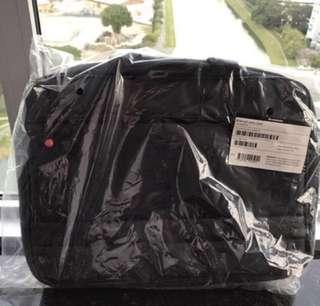 Selling new Lenovo computer bag