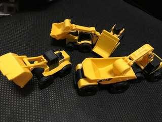 Catterpillar mini trucks set