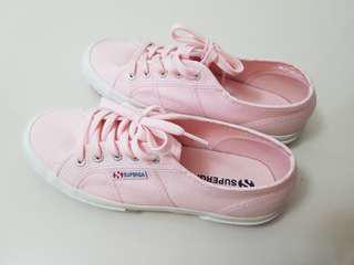 *Price Reduce* Superga Baby Pink Sneaker