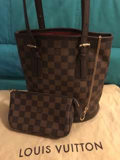LV Damier Canvas Marcais Bucket Bag 90% new come with dust bag