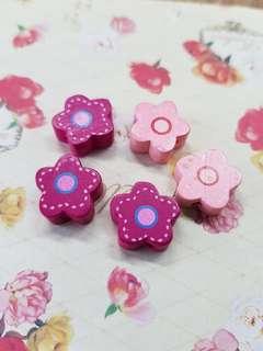 Wooden flower beads