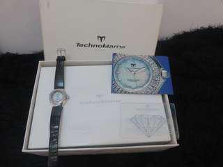 REPRICED Authentic Technomarine Technolady mother of pearl watch with real diamonds