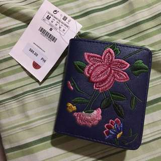 Blue Floral Embroidery Wallet