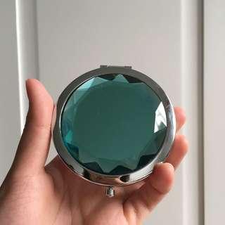 CLN Compact Mirror
