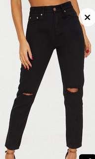 Black ripped knee mom jeans NWT