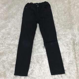 Place Tattered Pants Size 7